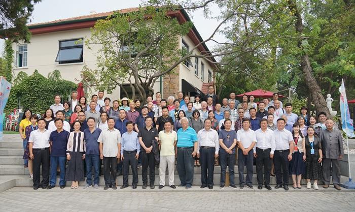 庆祝新中国成立70周年暨《青岛文学》创刊60周年系列活动隆重举办